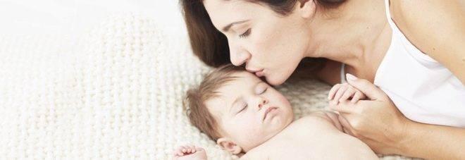 Почему новорожденные и груднички плачут во сне?