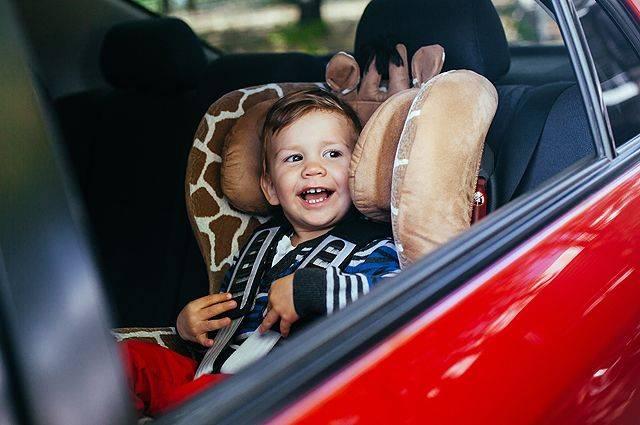 Что делать, если ребенка тошнит и укачивает в транспорте - onwomen.ru