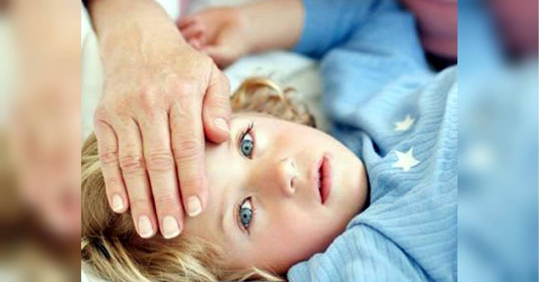 Понос и температура у ребенка - причины, диагностика и неотложная помощь