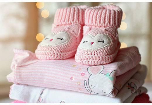 Как стирать вещи для новорожденных