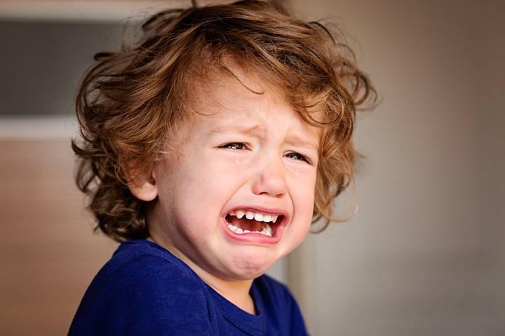 Почему двухмесячный малыш плачет всегда