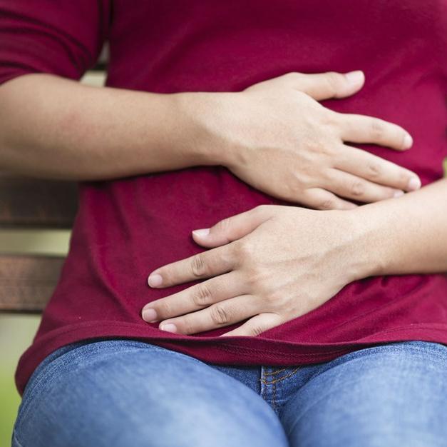 Симптомы кишечной колики и способы лечения спазма у детей