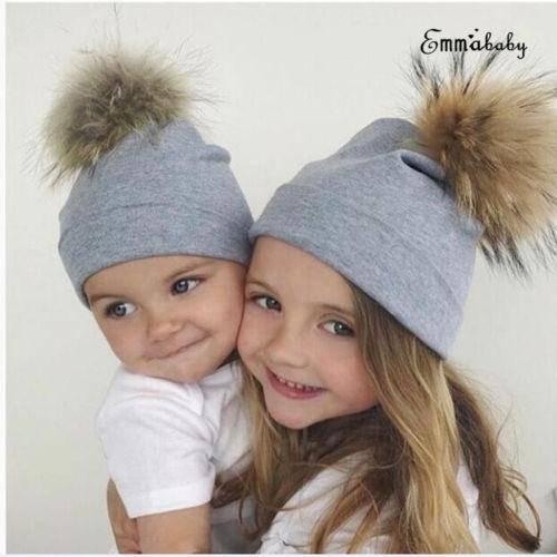 Вяжем шапочку чепчик для новорожденного спицами