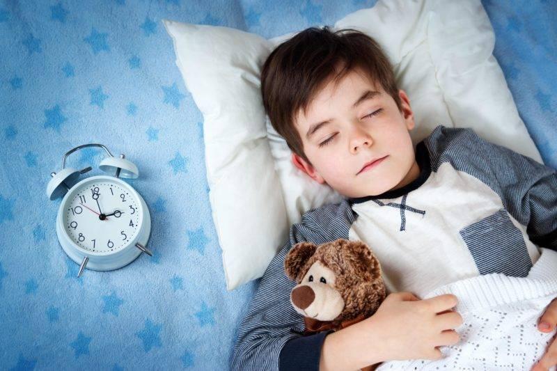 Сколько необходимо спать 3-летнему ребенку