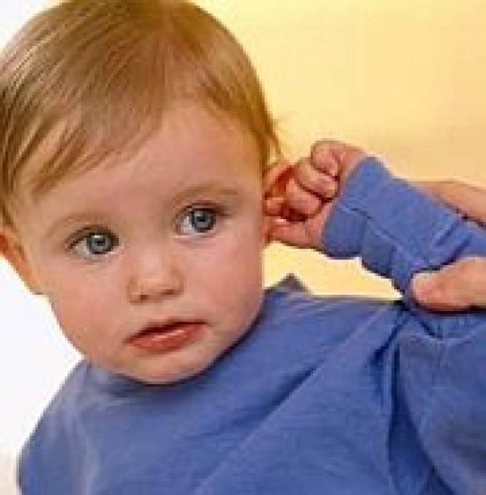 У ребенка закладывает уши: причины, диагностические и лечебные мероприятия