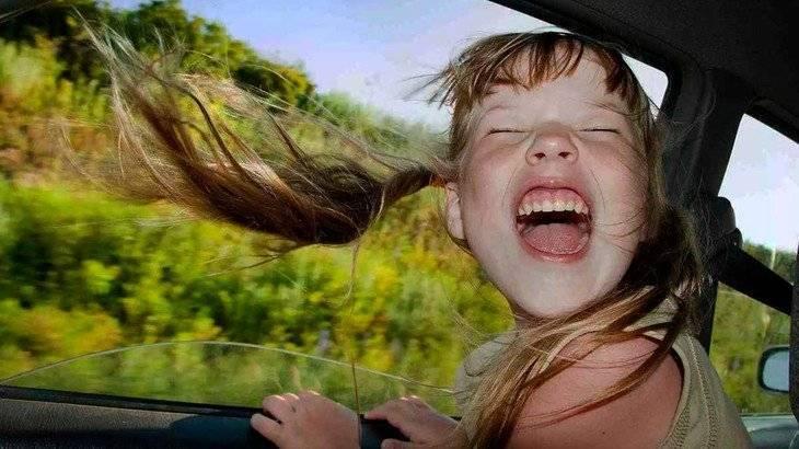 Что делать если ребенка укачивает в машине и тошнит 2 года