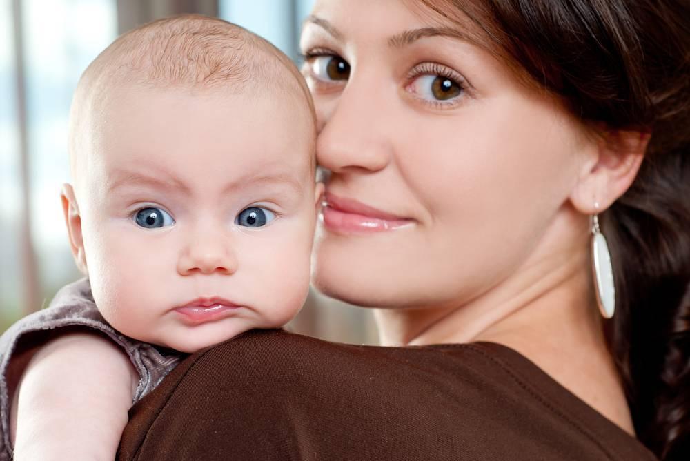 Гигиена новорожденной девочки: особенности ухода, правила интимной гигиены
