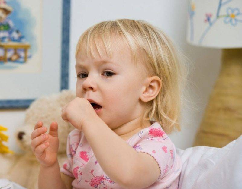 Кашель у грудного ребенка: как лечить кашель у грудничков, лучшие средства, сиропы, грудные сборы, ромашка, комаровский