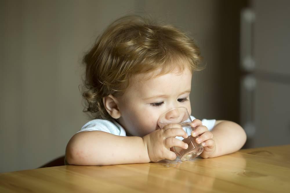 Допаивать водой младенца: нужно ли., нужна ли вода младенцу | метки: грудной, вскармливание, грудной, вскармливание