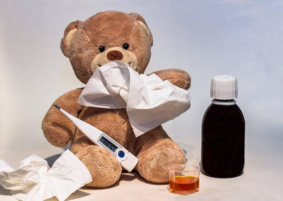 Какую температуру надо сбивать у ребенка в 3 года.