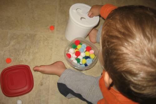 Развивающие игры для детей 1,5 года и старше. развитие моторики и не только   жили-были