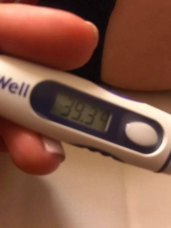 У ребенка боль в животе с температурой — возможные заболевания и профилактика