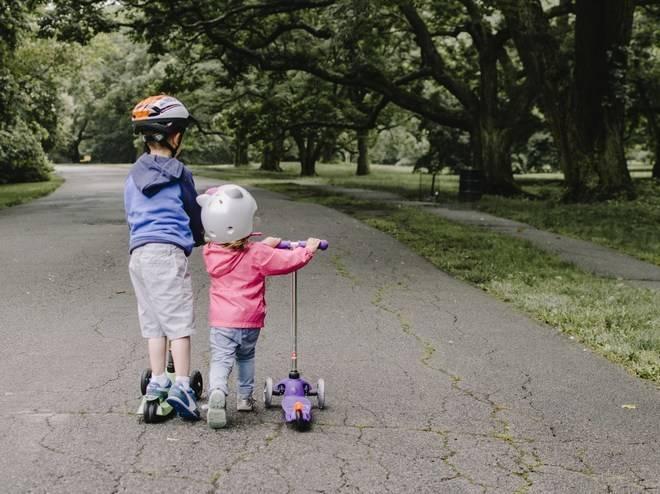 Что делать при появлении у ребенка шишки на лбу от удара?