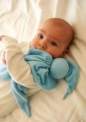 Мастер-класс по вязанию комфортера для новорожденных со свинкой крючком