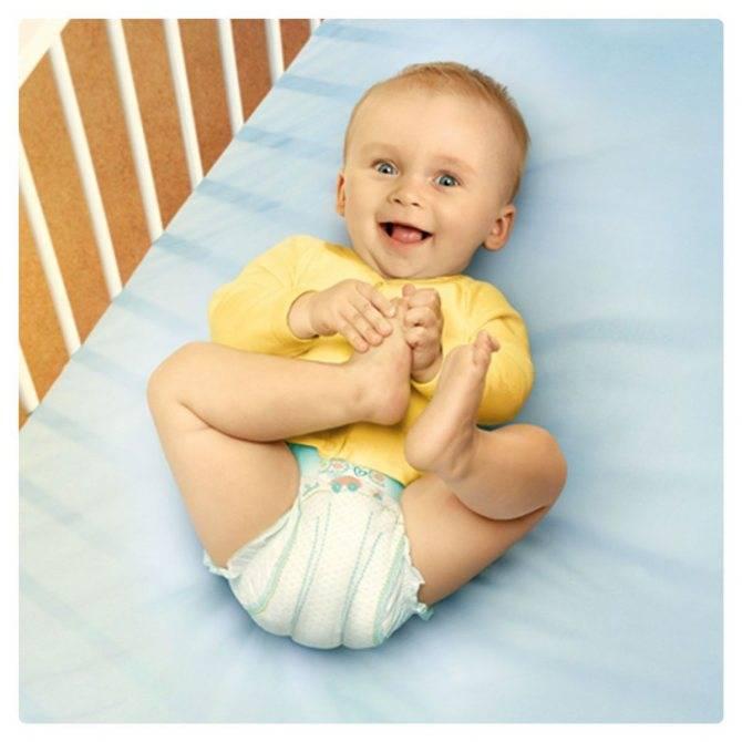 Почему бывает зеленый жидкий стул у ребенка и как его лечить