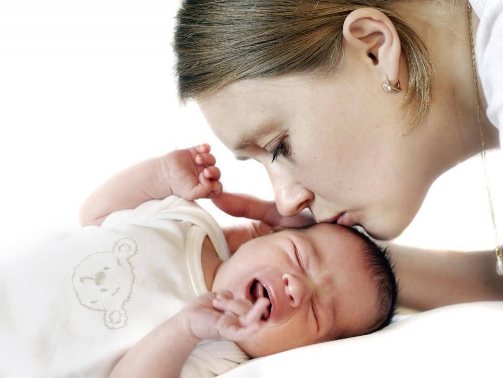 Характерные черты и методы определения поноса у новорожденного на грудном вскармливании