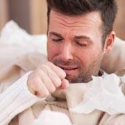 Как помочь грудничку, если у него влажный кашель? способы лечения мокрого кашля с температурой и без. советы врачей молодым родителям