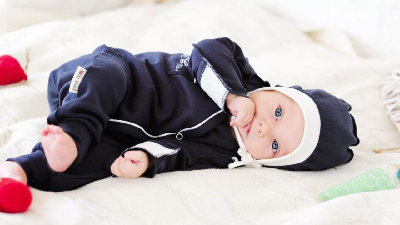 Какой размер одежды покупать для новорожденного?
