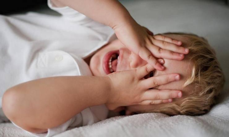 Гипертермия у детей: симптомы, виды, неотложная помощь, лечение
