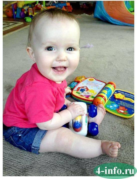 Развитие ребенка в 11 месяцев: что должен уметь, прогресс в росте, весе, понимание речи - календарь развития ребенка