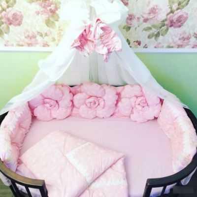 Бортики в кроватку для новорожденных — как выбрать бампер