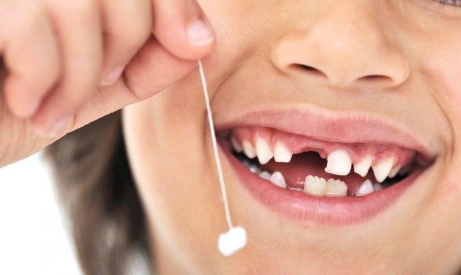 Почему у ребенка не лезут зубы в 10 месяцев