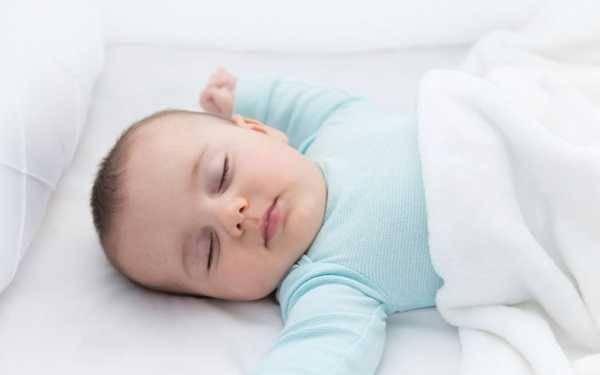 Можно ли ребенку спать на животе