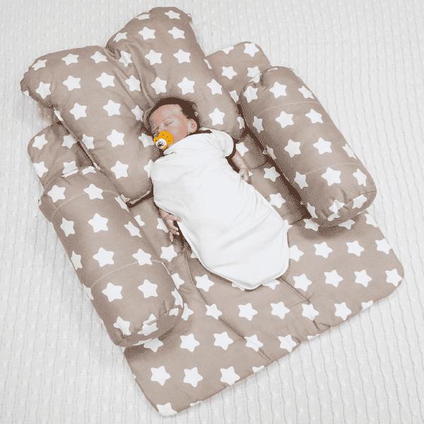 Ортопедическая подушечка для новорожденных