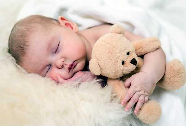 Как высыпаться с маленьким ребенком: советы дважды мамы двойняшек