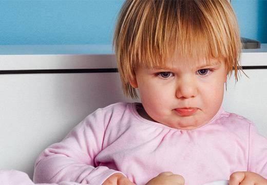 Понос с кровью у ребенка: риски и необходимость госпитализации