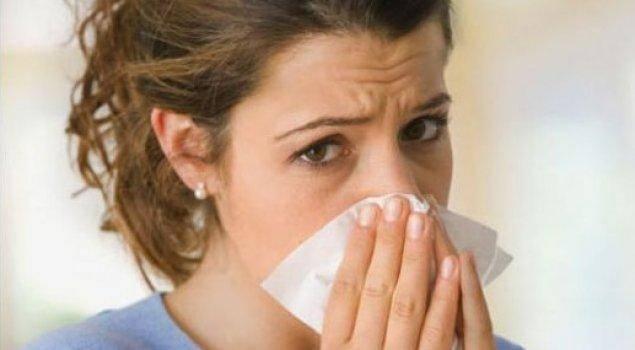 Какой кашель при первых симптомах коронавируса?
