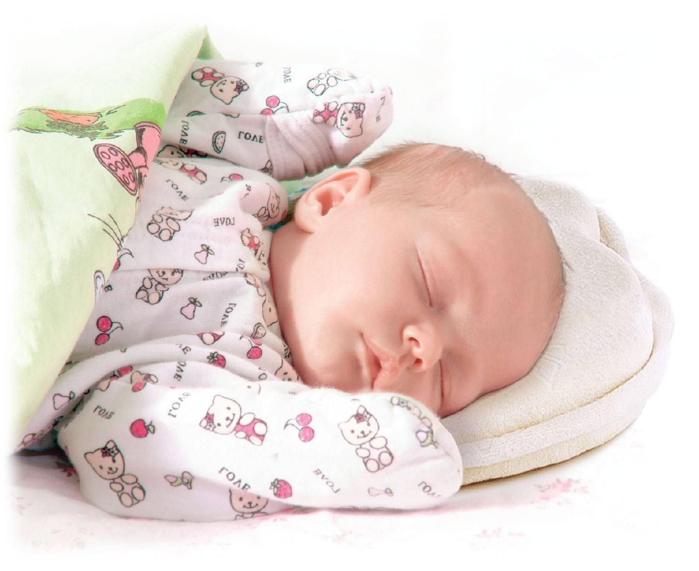 Малыш в 2 месяца: что нужно знать родителям