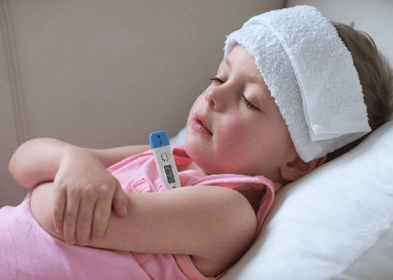 Причины появления и способы лечения кашля до рвоты у ребенка