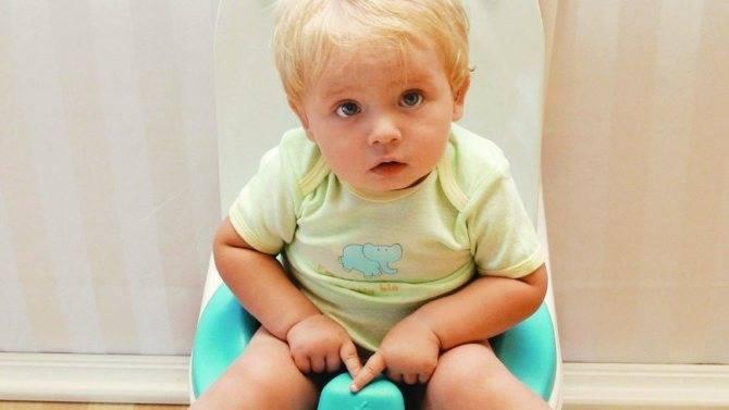 Причины зелёного стула у грудничка на гв