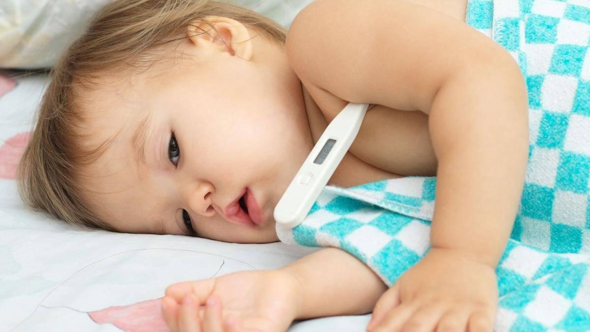 Какая температура нормальная для двухмесячного ребенка и почему она повышается
