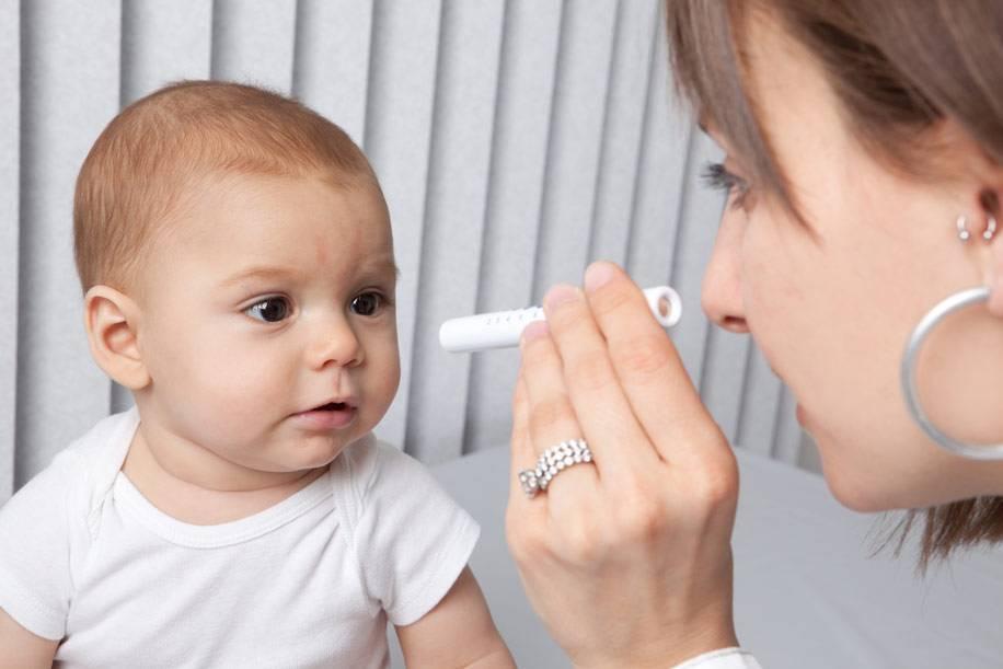 Разный размер зрачков у ребенка: возможные причины у новорожденного, почему возникает после падения грудничка