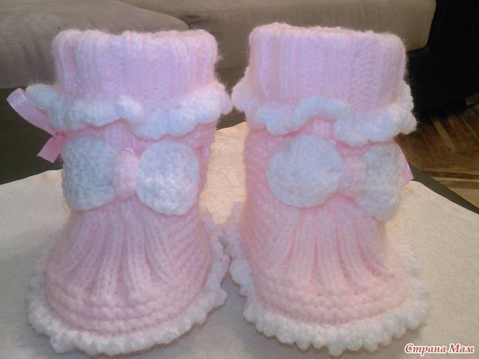 Как связать удобные пинетки спицами для новорожденных