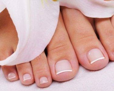 У ребенка облазит кожа на пальцах рук или ног: причины, почему слезает на ступнях, пятках и кончиках пальцев, лечение