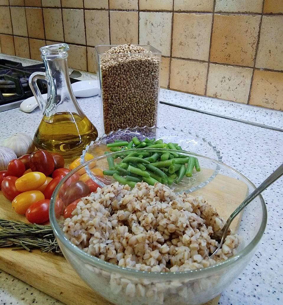 Гречка для грудничка: как приготовить, когда вводить в прикорм, рецепт