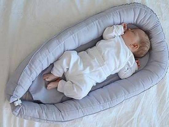 Гнездышко для новорожденных: как сшить кокон своими руками?