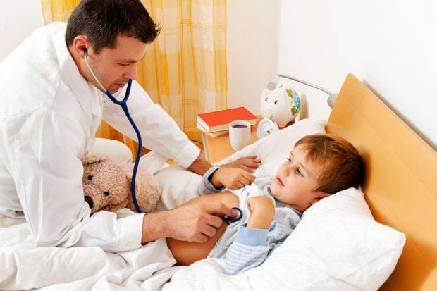 Как помочь ребёнку при запоре? помощь родителям