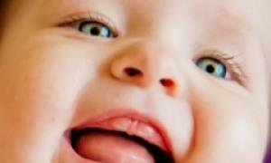 Признаки прорезывания зубов у грудничка 4 месяца: симптомы