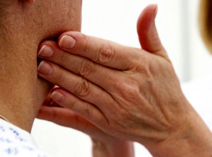 Увеличены лимфоузлы у ребенка (22 фото): что делать при воспалении лимфоузлов на шее, причины