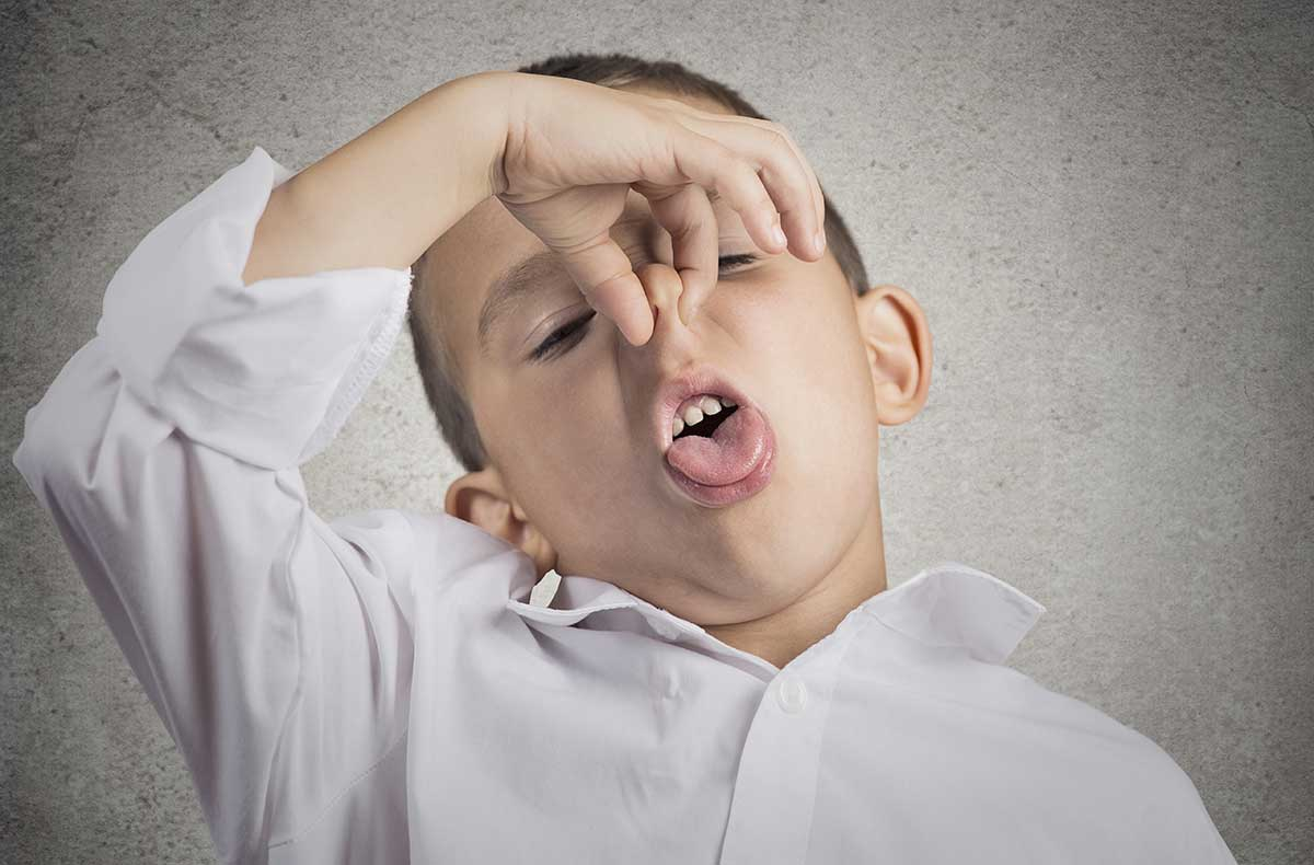 Почему у ребенка появляется неприятный запах гнили из рта
