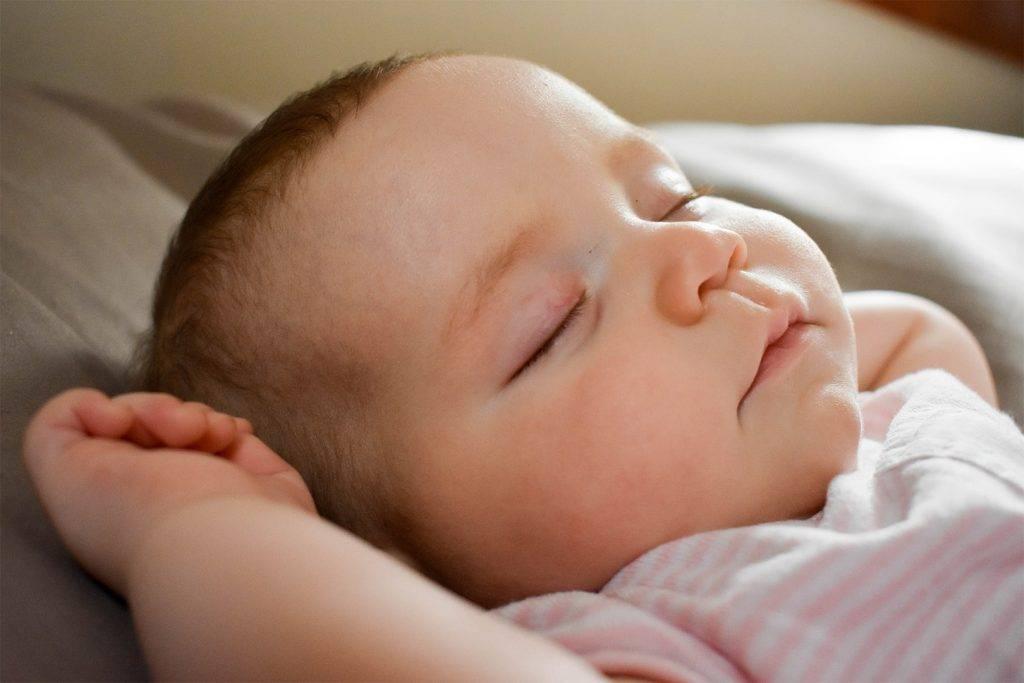 Непродолжительный сон у детей: норма или патология