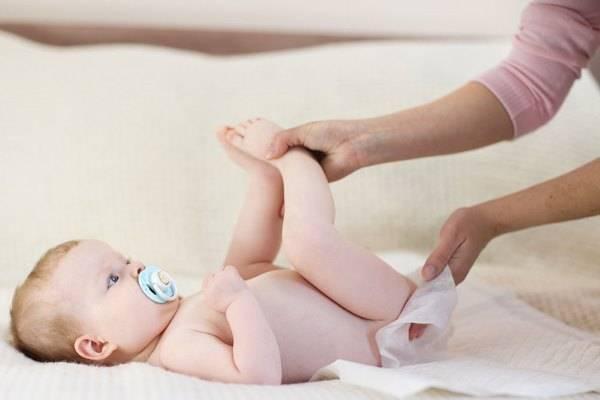 Гноится пупок у новорожденного под прищепкой, что делать
