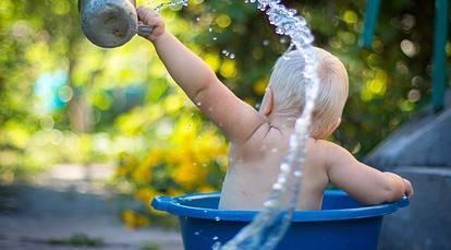 Попадание воды в ушко новорожденного