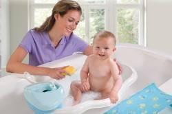 Можно ли купать ребенка при насморке и кашле без температуры