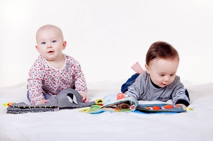 Этапы формирования речи: в ожидании первых слов - календарь развития ребенка