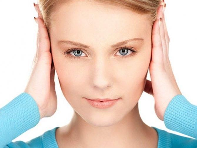 У ребенка заложило ухо — что делать, возможные причины
